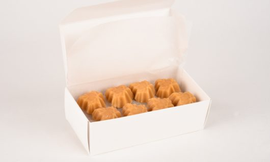 1/2 pound of maple candy in a box