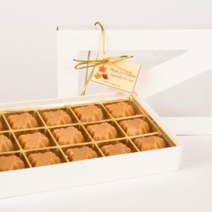 15 pieces of boxed maple candy